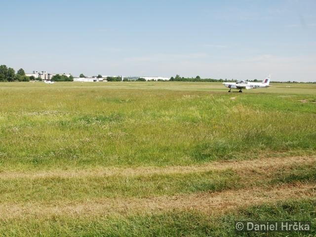 Národní přírodní památka Letiště Letňany
