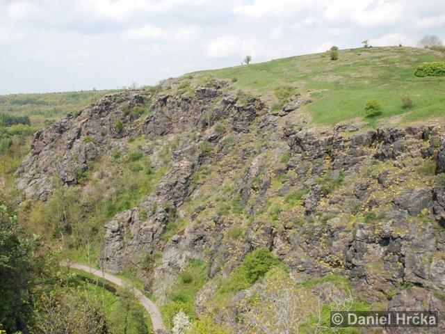 DIVOKÁ ŠÁRKA, KOZÁKOVA SKÁLA – přírodní rezervace